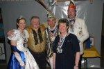 Prinzenpaar des Niestetaler Carneval Club Blaus-Weiß mit Bgelieterpaar und Franz Pyszko