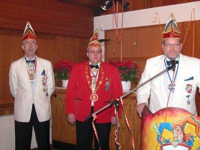 Klaus Missing mit Vertretern des NCC Blau Weiß aus Niestetal