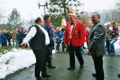 Eintreffen in Witzenhausen: Bürgerhaus Wirt Horst Missing, Präsident Klaus Missing und Bürgermeister Edgar Paul