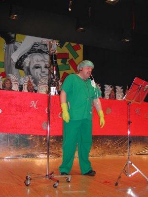 Witzenhausen 2003 - Bütt: Klaus Missing als Chirurg