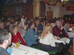 Kinderkarneval 2002: Blick in den vollbesetzten Saal