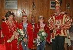 Prinz Lars I. und prinzessin Anja I. mit dem neuen Kinderprinzenpaar Nico I. und Aileen I.